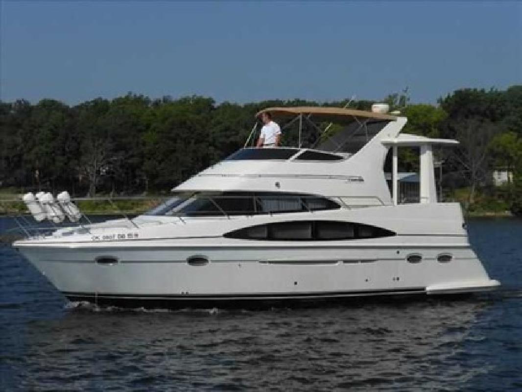 $139,000 2001 Carver 396 AFT