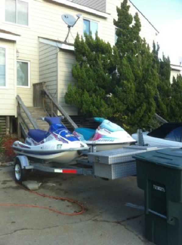 $1,500 OBO To sell 2 jet skis with double trailer