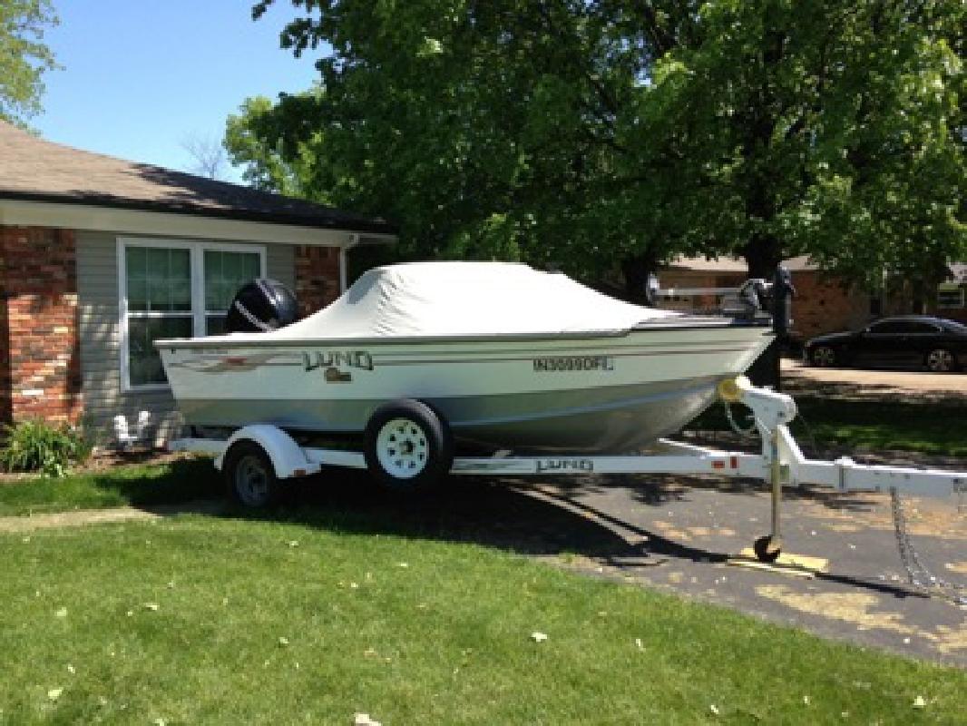 $17,800 OBO Lund boat 2008 1700 Pro sport Length 16?10?