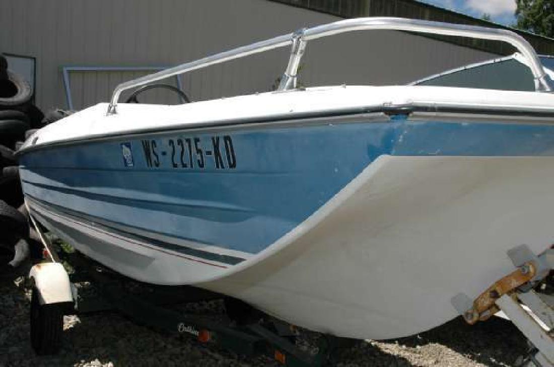 1976 CRESTLINER 1539 Tri-Hull Wautoma WI
