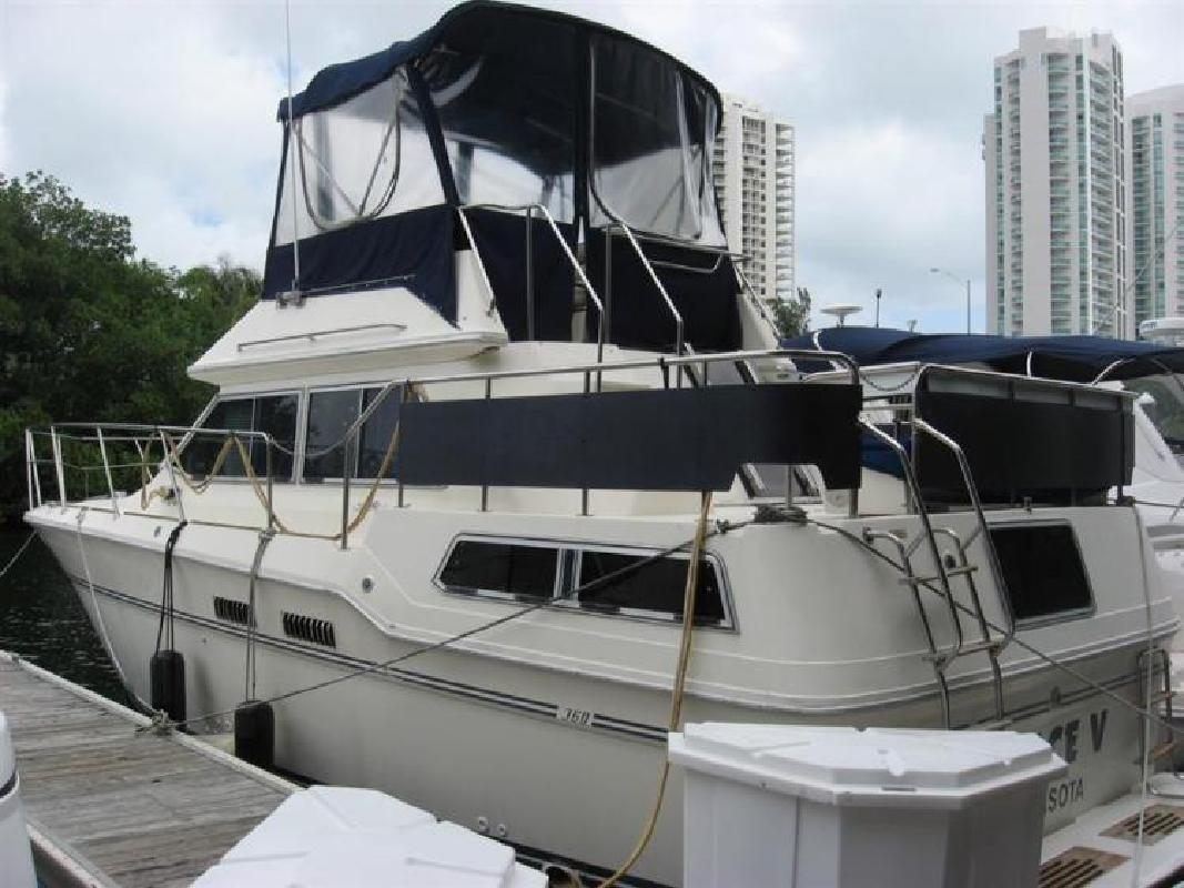1983 SEA RAY 36 Aft Cabin MY Aventura FL