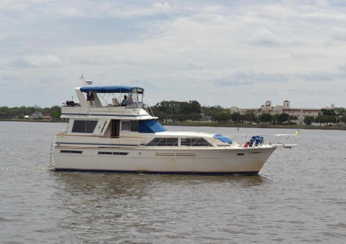1985 Chris Craft 500 Constellation Motor Yacht Delray Beach FL
