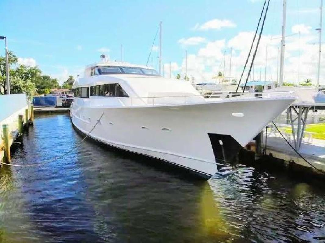 1986 Denison Raised Pilothouse Fort Lauderdale FL