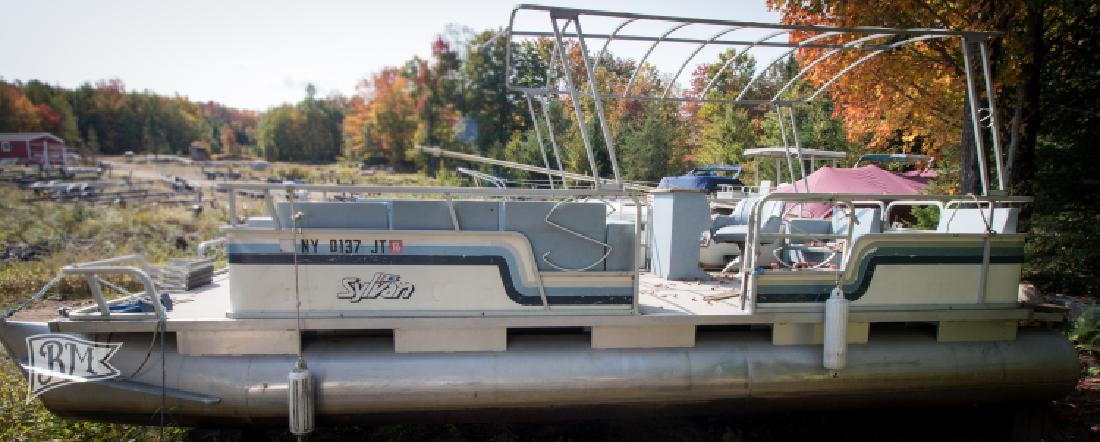 1987Sylvan 24SL2 Pontoon Boat 1998Evinrude 50HP in Old Forge, NY