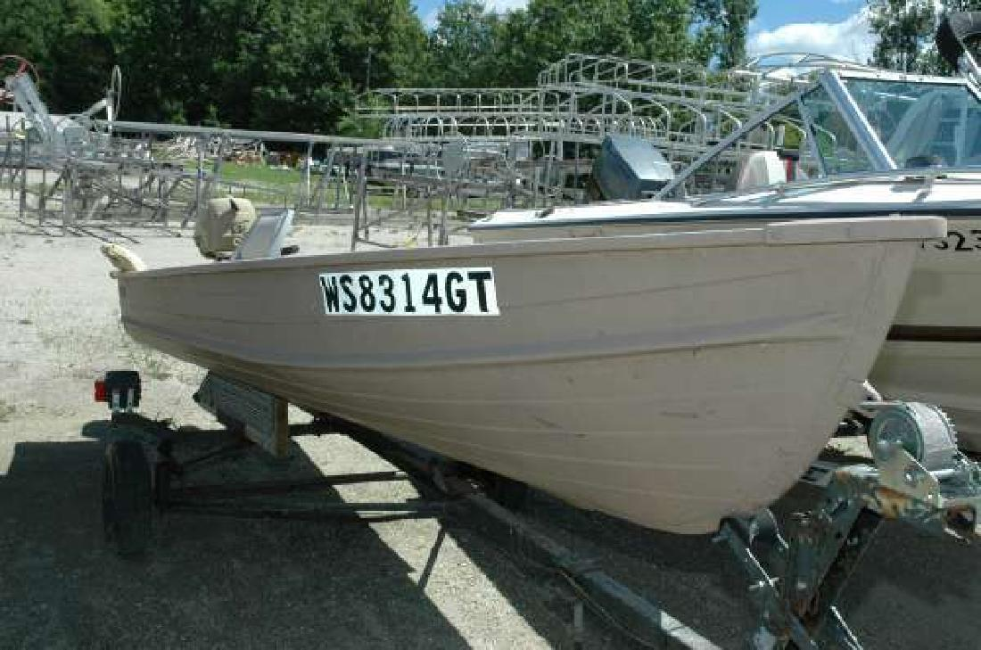 1995 STARCRAFT MARINE 1239 Row Boat Wautoma WI