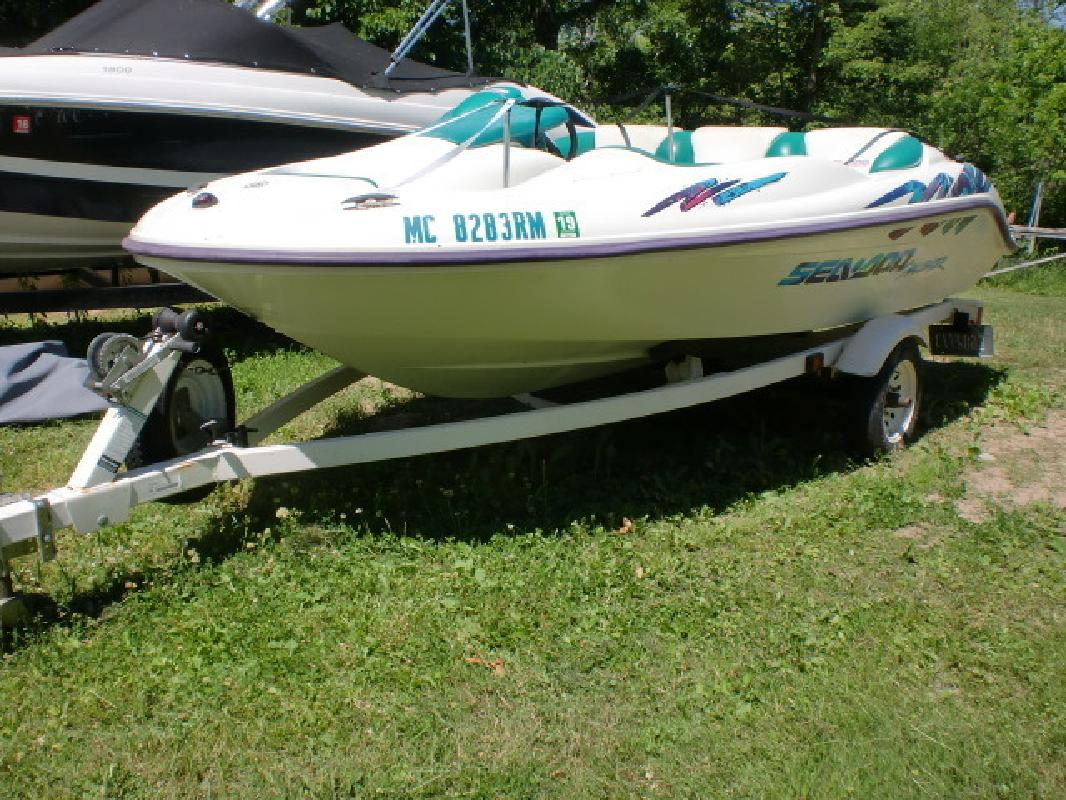 1997 - SeaDoo Boats - Challenger in Pinckney, MI