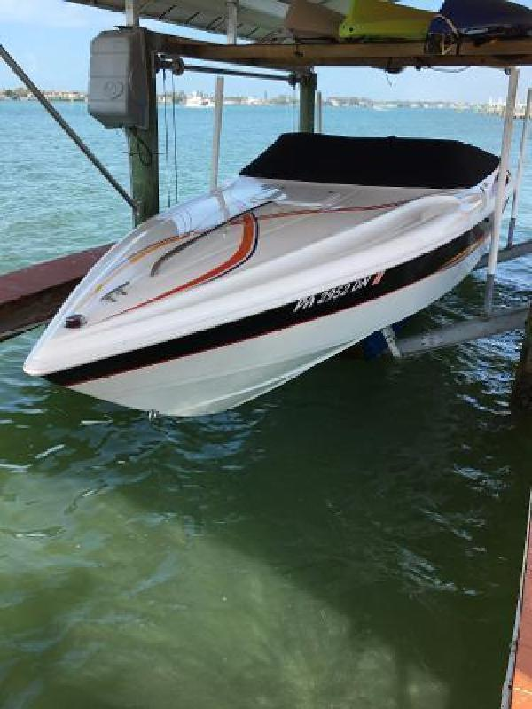 1997 Wellcraft 26 SCARAB Sarasota FL
