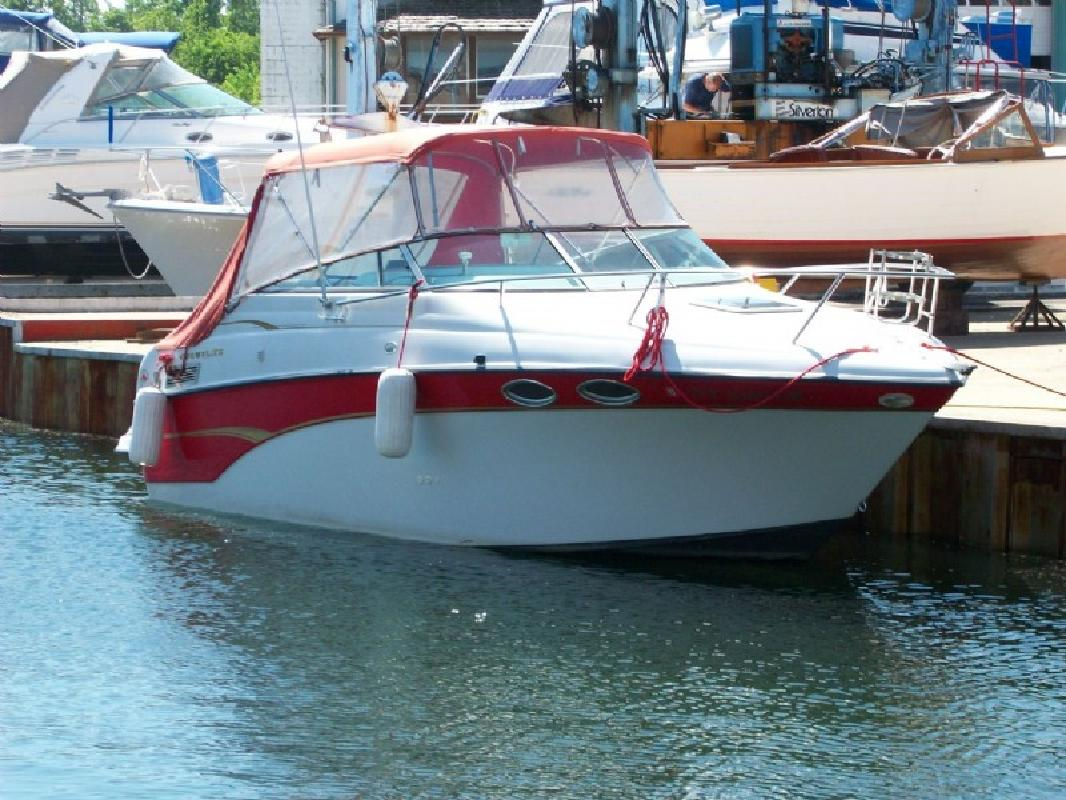 2000 24' Crownline Boats 242