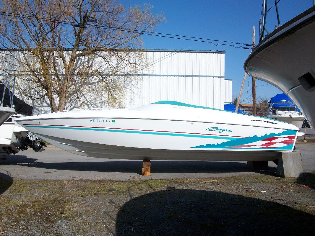 2000 29' Baja Performance Boats 29 Outlaw