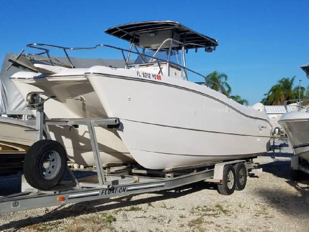2000 - World Cat 246 CC in Fort Myers, FL