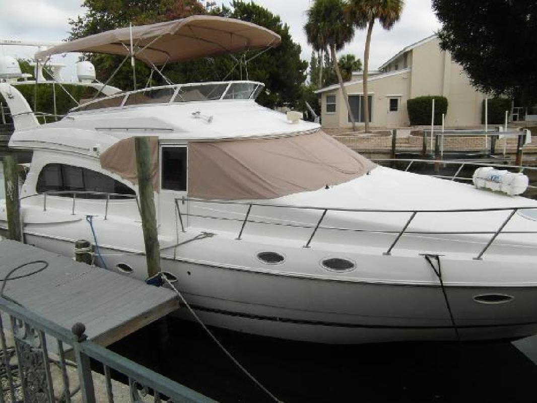 2001 Cruisers Yachts 5000 Sedan Sport Sarasota FL