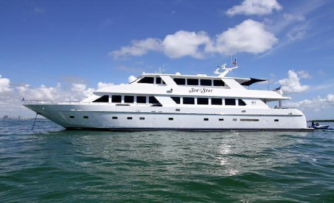 2001 Hargrave Tri-Deck Fort Lauderdale FL