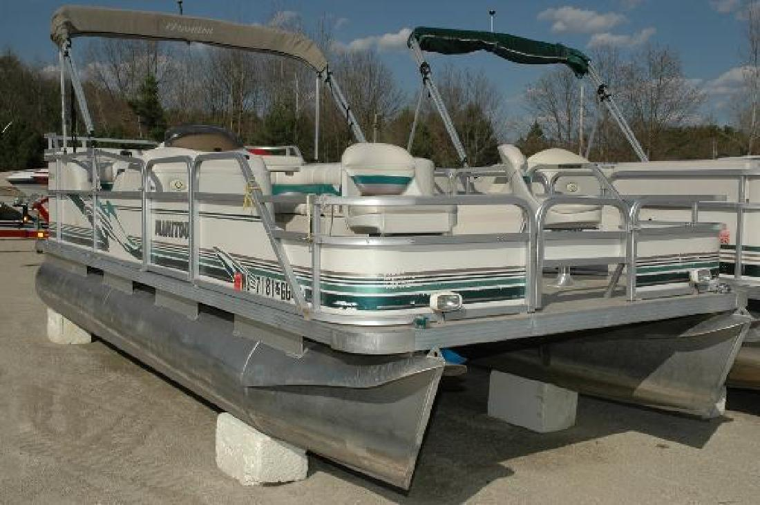 2002 Manitou Oasis Bow Fish Wautoma WI