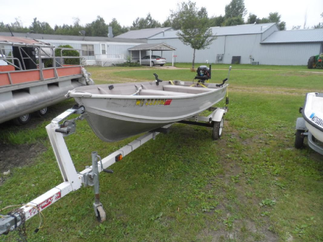 2002 - Smoker-Craft Boats - 14CFS Canadian in Wautoma, WI