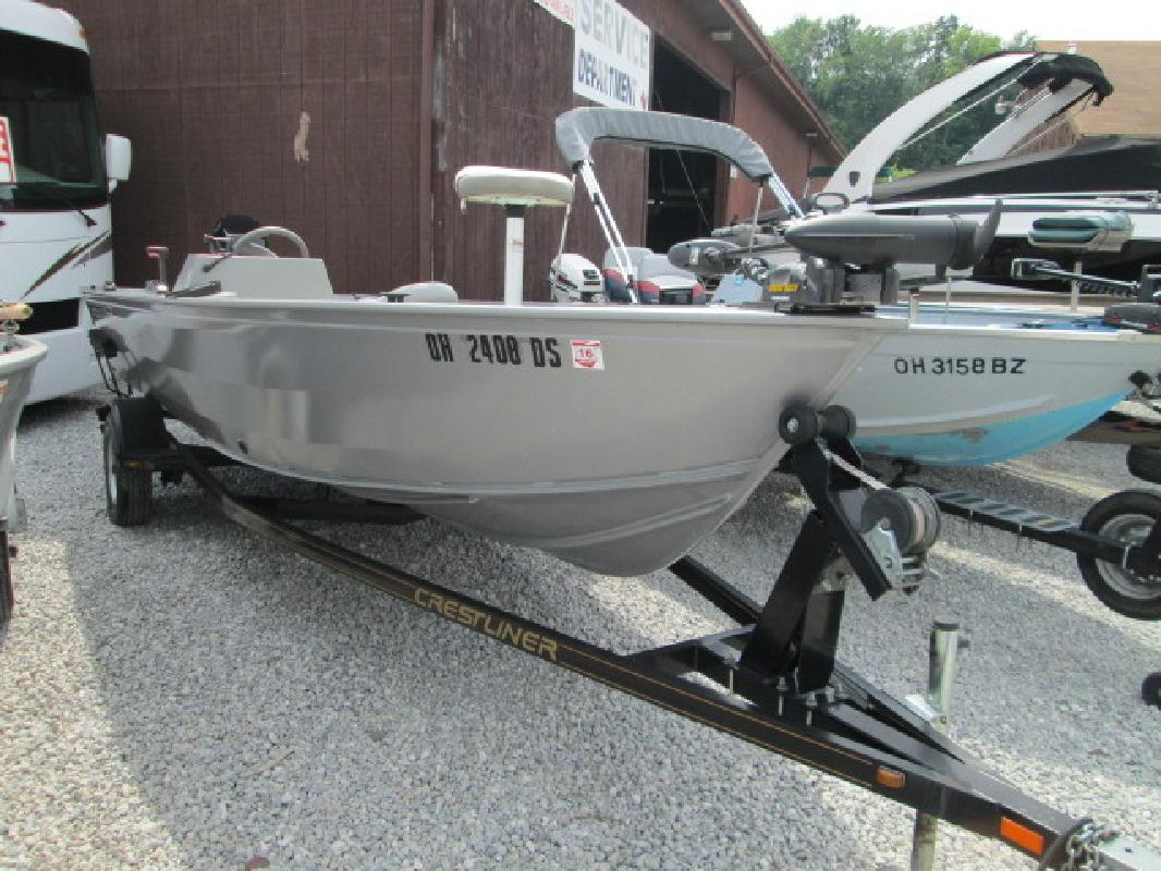 2004 - Crestliner Boats - Canadian 18 SC in Akron, OH