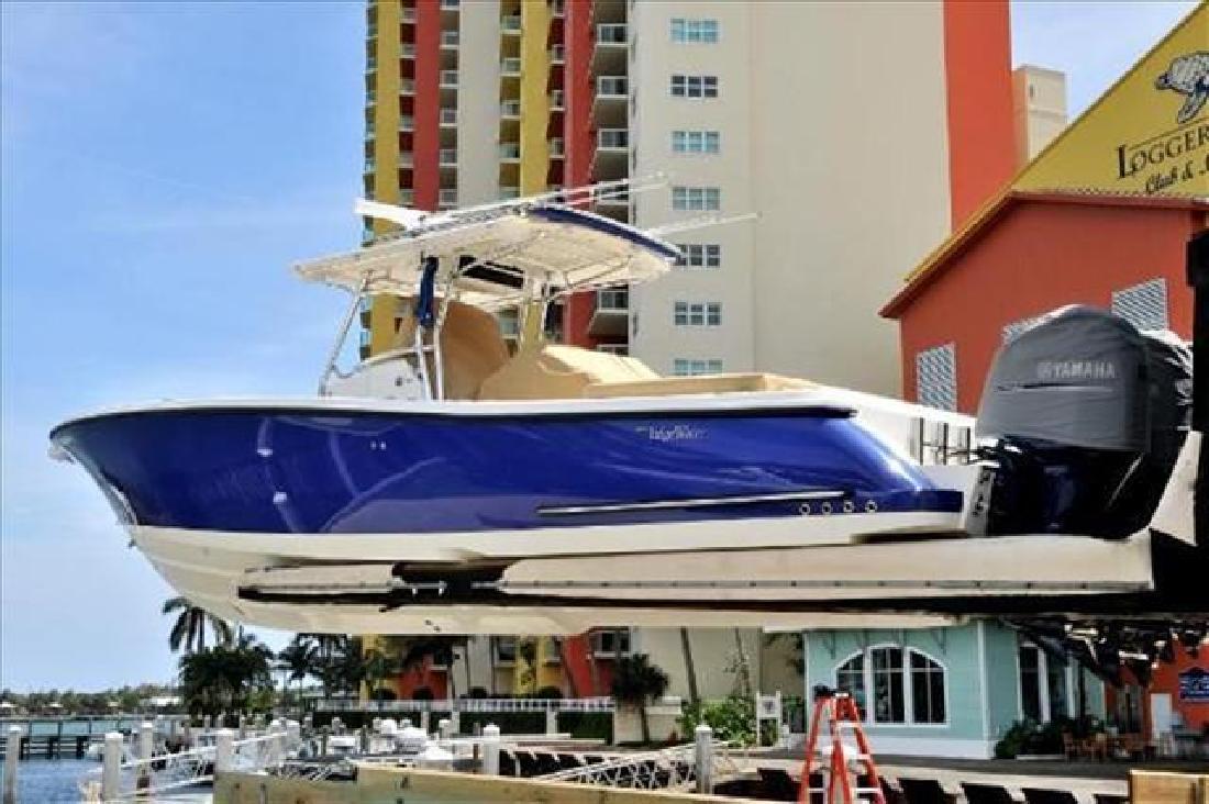 2010 Edgewater Powerboats 388CC Delray Beach FL