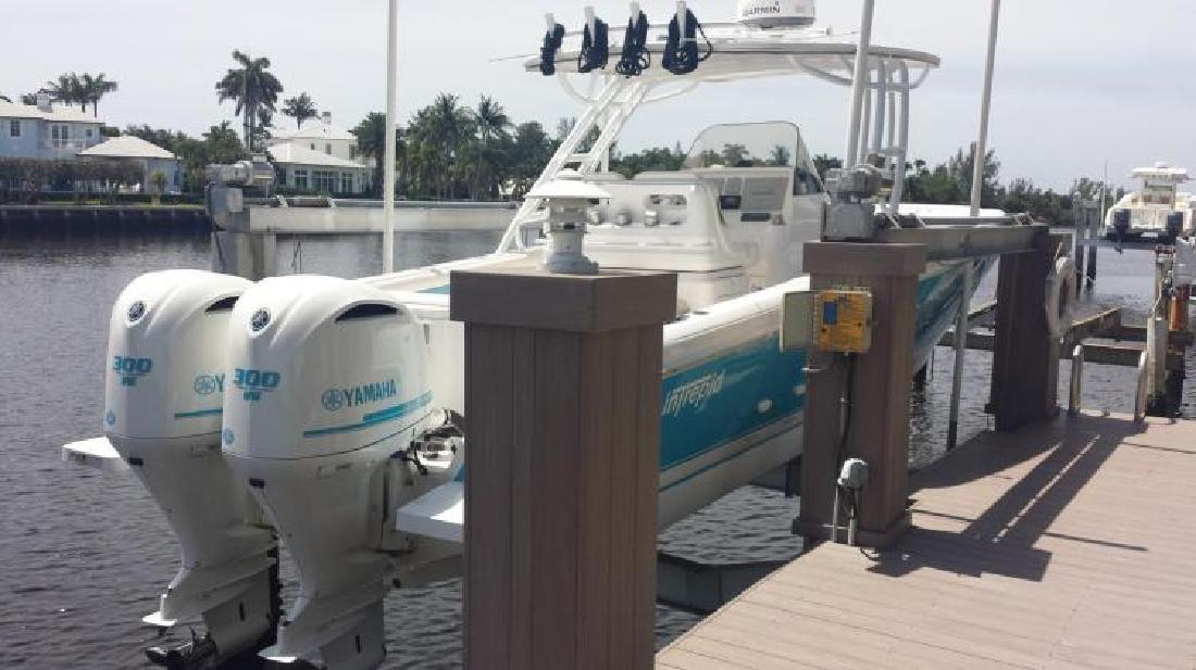 2014 Intrepid Powerboats 327 Center Console Delray Beach FL