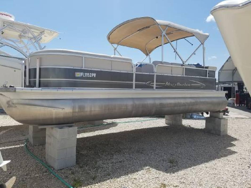 2014 - Misty Harbor Boats - 245 CR in Fort Myers, FL