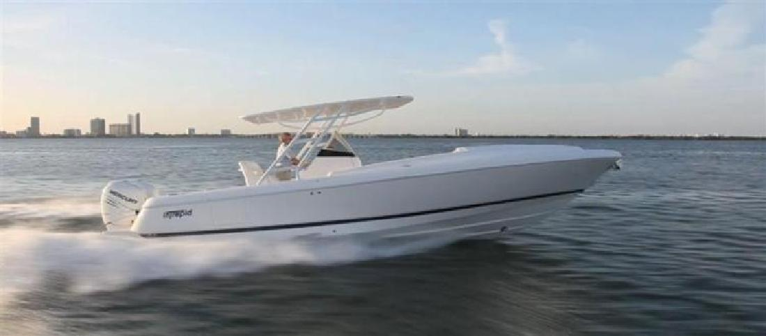 2015 INTREPID 327 Center Console Aventura FL