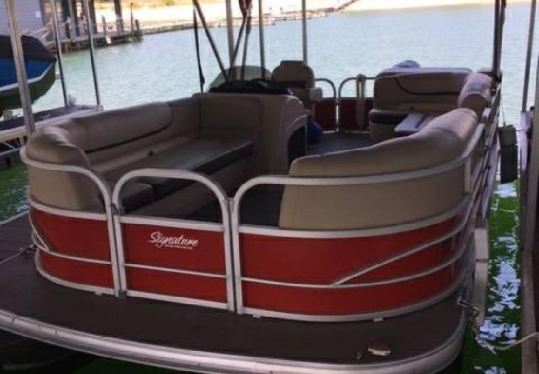 2016 - Sun Tracker - Party Barge 18 DLX in Calabasas, CA