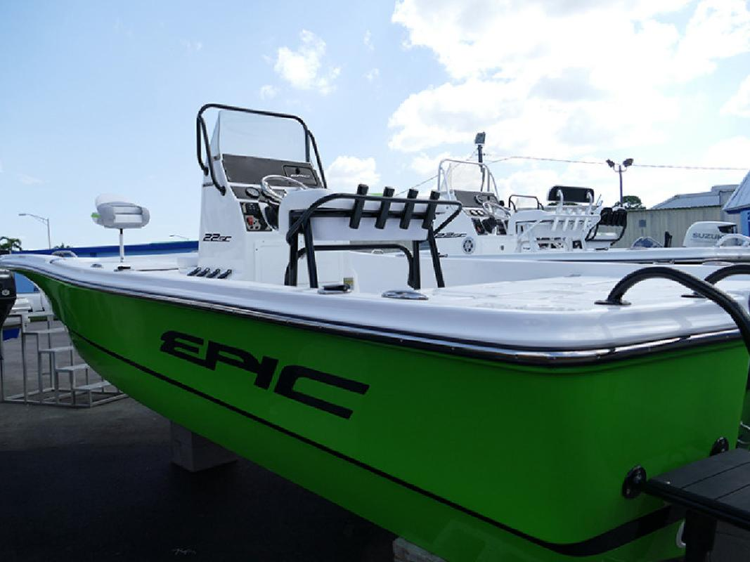 2017 Epic 22 SC Bay Boat Lime B16 in Naples, FL