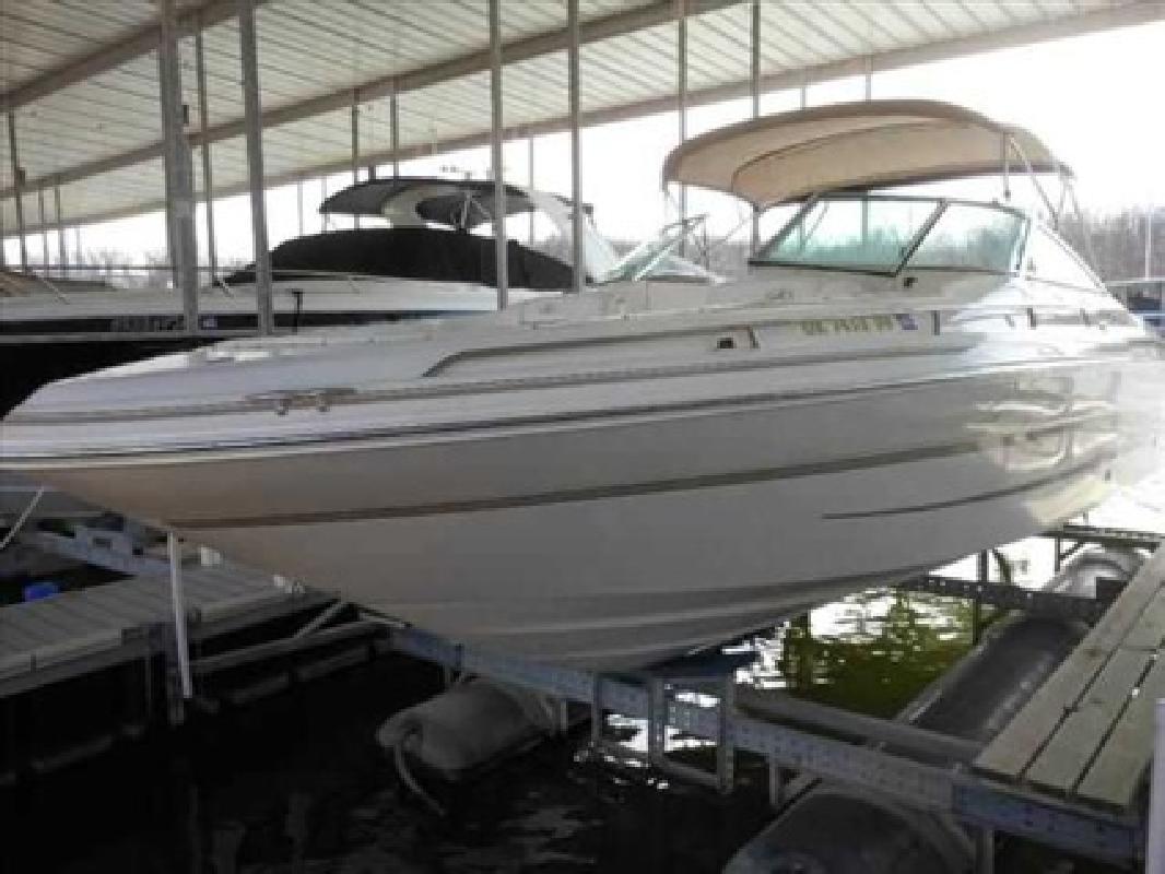 $26,900 1998 Sea Ray 280 BOW RIDER