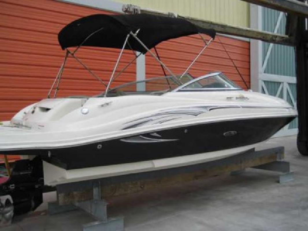 $29,500 2006 Sea Ray 220 SUNDECK