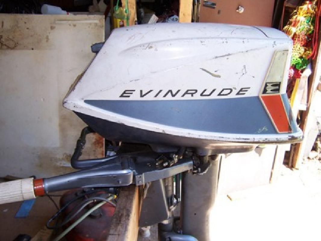 $300 1963 evinrude 5 1/2 hp