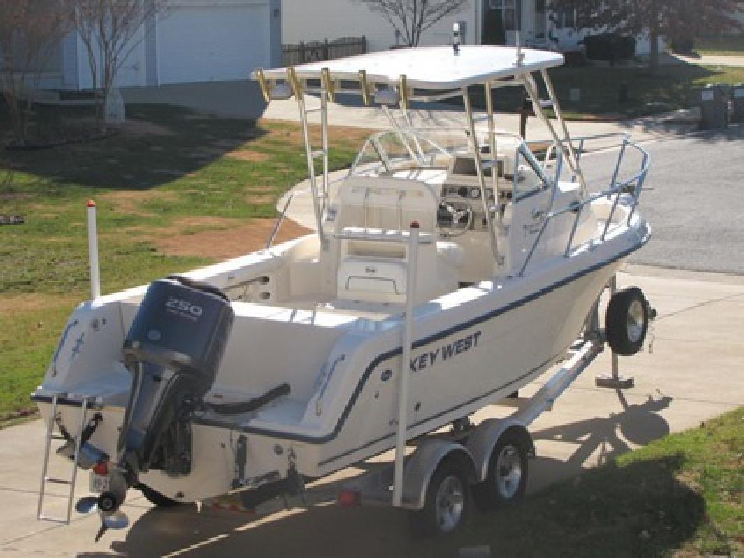 $36,500 OBO 2007 Key West 2300wa cuddy
