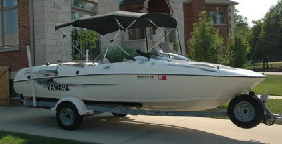 3 800 2000 yamaha ls2000 jet power boat excellent. Black Bedroom Furniture Sets. Home Design Ideas