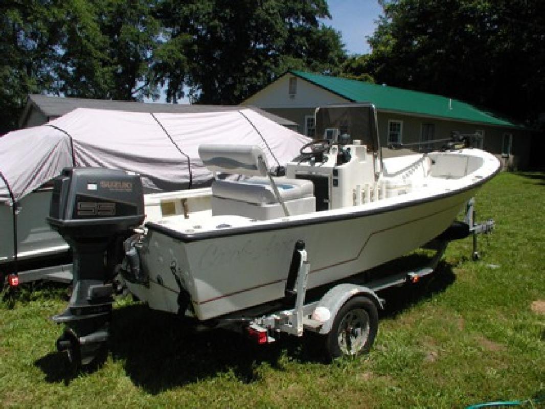 $4,600 18' CC boat