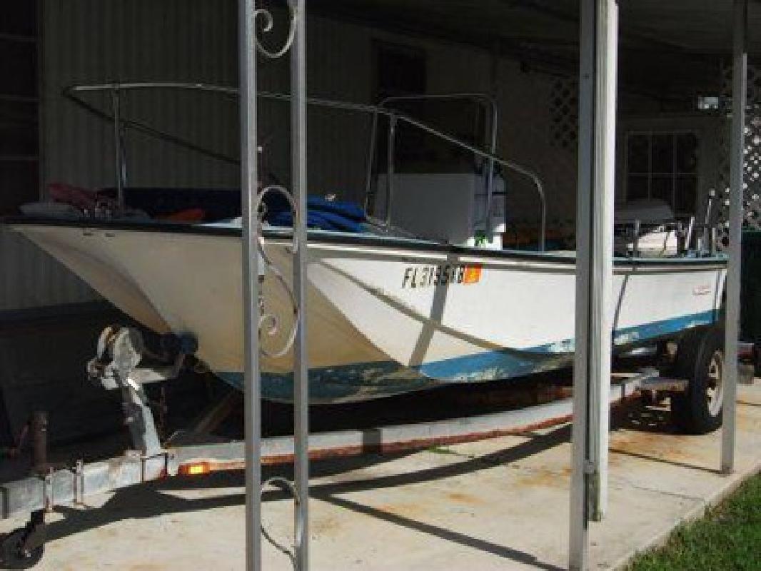 $5,000 1963 17 foot Boston Whaler Nausset Hull