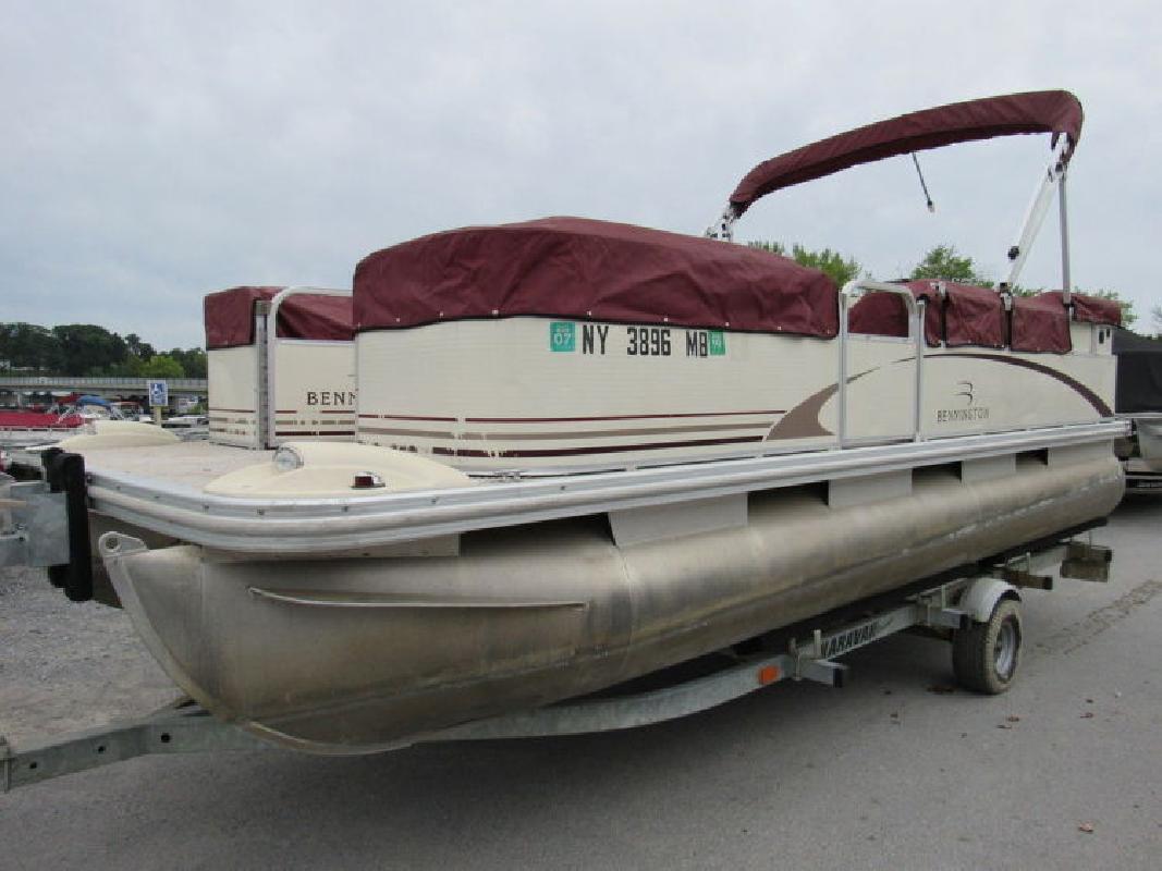 Bennington Boats in Saratoga Springs, NY
