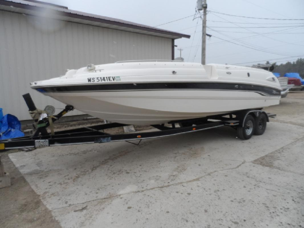 Used Chaparral Deckboat in Wautoma, WI