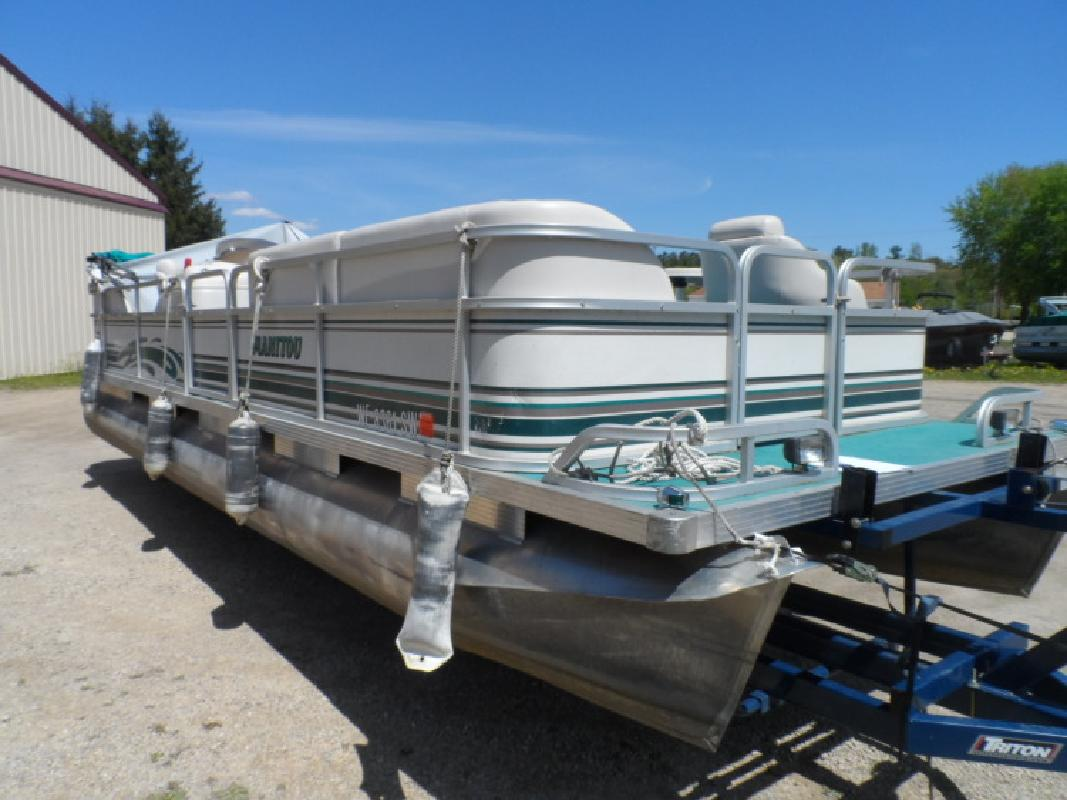 Used Manitou Pontoon in Wautoma, WI