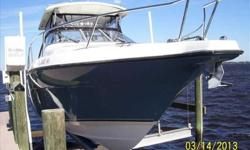 2008 Century 3200 OFFSHORE For more information please call: (888) 816-6651 or call us toll-free at: (888) 510-8204 and reference stock number: 109606 BoatingBay.com 139793