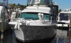 1995 Carver 44 AFT CABIN Carver 44 Aft Cabin great for long distance cruising, extended stays or live-aboard. Plenty of space for entertaining and all your boating needs. In above average condition with many decor and recent updates. Please contact