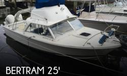 Actual Location: Miami, FL - Stock #081559 - If you are in the market for a sportfish yacht, look no further than this 1969 Bertram 25 SF Flybridge, just reduced to $21,000 (offers encouraged).This boat is located in Miami, Florida and is in good
