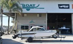 1977 Marquis Marquis **OWN A CLASSIC** Great boat to run around the lake with friends. Nominal Length: 21' Length Overall: 21' Beam: 1 ft. 0 in.