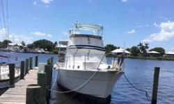 (LOCATION: Stuart FL) The Gulfstar 44 Motor Yacht is a spacious double-cabin motor yacht designed for comfortable cruising. She comes with flybridge, aft deck, walkaround main deck, a roomy salon, and two staterooms. The spacious flybridge features radar