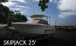 Actual Location: Waianae, HI - Stock #105045 - If you are in the market for a walkaround, look no further than this 1980 Skipjack 25 Sport Cruiser, priced right at $27,800 (offers encouraged).This boat is located in Waianae, Hawaii and is in good
