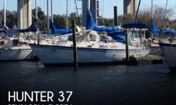 Actual Location: Pensacola, FL - Stock #069661 - If you are in the market for a cruiser sailboat, look no further than this 1984 Hunter 37, just reduced to $27,000 (offers encouraged).This vessel is located in Pensacola, Florida and is in good condition.