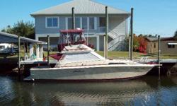 Recent Price Reduction! (LOCATION:Crystal River FL) This Sea Ray 390 Sedan SF is the only diesel one available on the current market. She is the versatile family cruiser/sport fisherman.  A flybridge with full enclosure, open cockpit,
