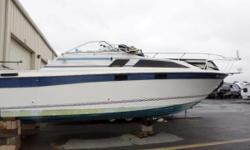 HANDY MAN BLOW OUT SALE - SOLD AS-IS! Features include: Volvo V-8 I/O Engine Aft cabin AM/FM radio Bimini top Enclosed head Fridge Hot water heater In-dash depth finder Sink Spotlight AND MORE! Stock # 223110B All boat prices exclude freight, prep,