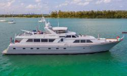 NEW BROWARD TO THE MARKET! Trilogy is a 1988, 103' Raised Pilothouse built by Ken Denison, at the height of Broward's dominance in the US shipbuilding industry.  Browards are well known for their country kitchens, durability, and classic lines that