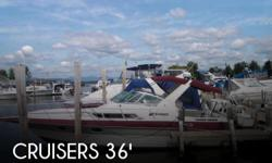 Actual Location: Gilford, NH - Stock #051986 - If you are in the market for a cruiser, look no further than this 1988 Cruisers 3170 Esprit, just reduced to $18,750 (offers encouraged).This vessel is located in Gilford, New Hampshire and is in good