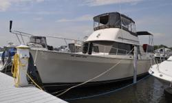 EXCEPTIONALLY CLEAN AND WELL CARED FOR THIS 1988 MAINSHIP 40 DOUBLE CABIN (NANTUCKET) IS LOADED WITH UPDATES / UPGRADES -- PLEASE SEE FULL SPECS FOR COMPLETE LISTING DETAILS. LOW INTEREST EXTENDED TERM FINANCING AVAILABLE -- CALL OR EMAIL OUR SALES OFFICE
