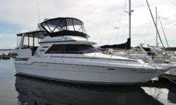 This is one Sea Ray you will not want to miss out on.  Her current owner has always had her professionally maintained, always kept her in heated storage, and exclusive use on the Great Lakes.  Offering extremely spacious salon and cockpit areas,