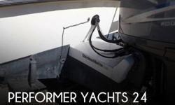 Actual Location: Little Egg Harbor, NJ - Stock #089617 - If you are in the market for a walkaround, look no further than this 1989 Performer Yachts 24, priced right at $19,400 (offers encouraged).This boat is located in Little Egg Harbor, New Jersey and