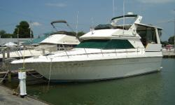Great family boat for cruising or a weekend retreat. Two staterooms offer plenty of room to relax, two heads, galley down, and an ample salon area. Sea Ray incorporated a lot of features in the 380AC! Sea Ray was an industry leader in family cruisers and